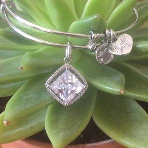 Angelica Bright Stone 1cm Bracelet